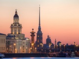 Санкт-Петербург. Вид  на Кунсткамеру, стрелку Васильевского острова и Петропавловскую крепость